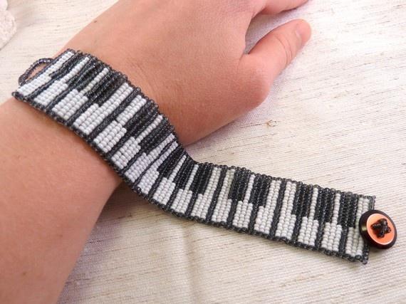 Piano Loom Stitch Braceclet
