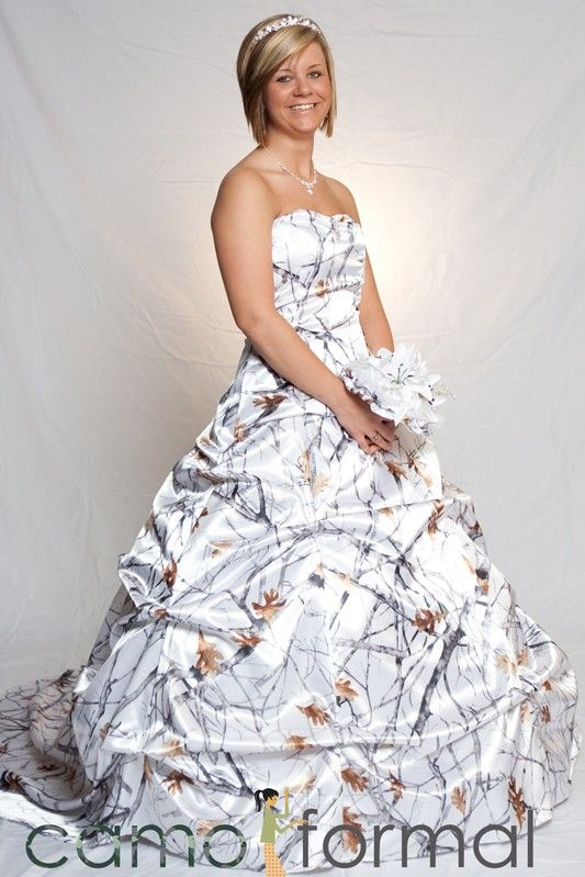 14 best images about camo wedding dresses on pinterest for Snow camo wedding dresses
