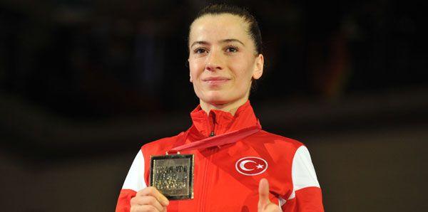 Serap Özçelik - Karate (Dünya Şampiyonu)