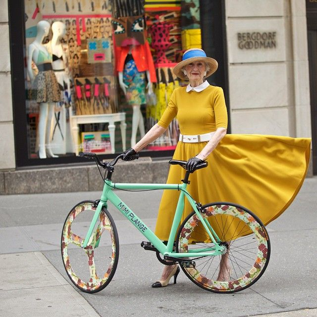 The Democratization of Luxury! #Beauty Liz Friedman shot by #fashionphotographer and #fashionblogger @quistyle  She wears our #MimiPlange #mustard Day Dress with our #floral #fixedgear #bicycle!  #velo #flowers #fashionphotography #fixieporn #loves_bikes #ageless #fashion #whimsical @bergdorfgoodman #shopping  #beautyateveryage #adultstyle #citylife #thedemocratizationofluxury #ladieswholunch #FixieFamous #GirlsOnFixies