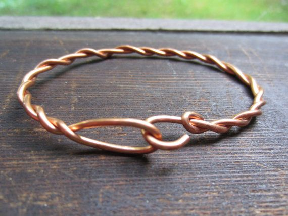 copper wire bracelet - love the clasp hook