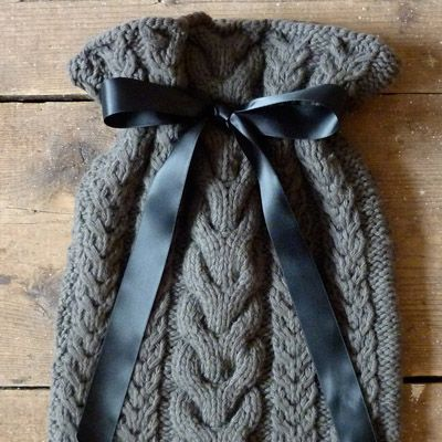 Hot Water Bottle Cover Knitting Pattern Dk : 17 Best images about Hot water bottle covers on Pinterest Cable, Patterns a...