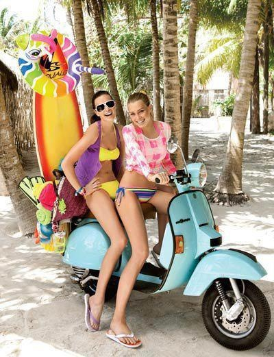 I want this ride for our next trip in the Bahamas! ;) VESPA PX