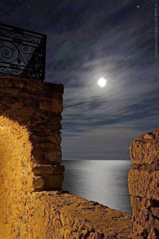 VISIT GREECE| Monemvasia under the moonlight #Greece
