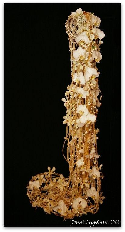 The amazing wedding bouquets by Jouni Seppanen