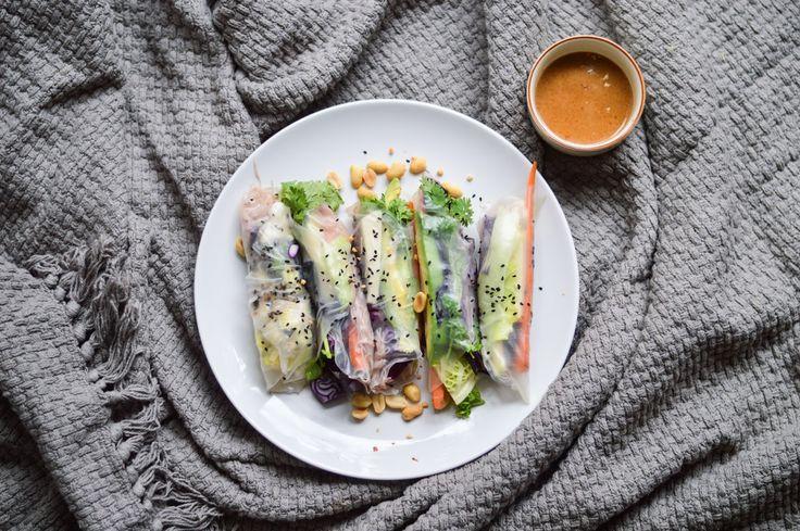 Winter Spring Rolls ❤️❤️ #summer #rolls #vietnamese #peanut #veggies #vegan  http://blogdogdaysofsummer.blogspot.cz/2016/01/good-luck-winter-spring-rolls.html