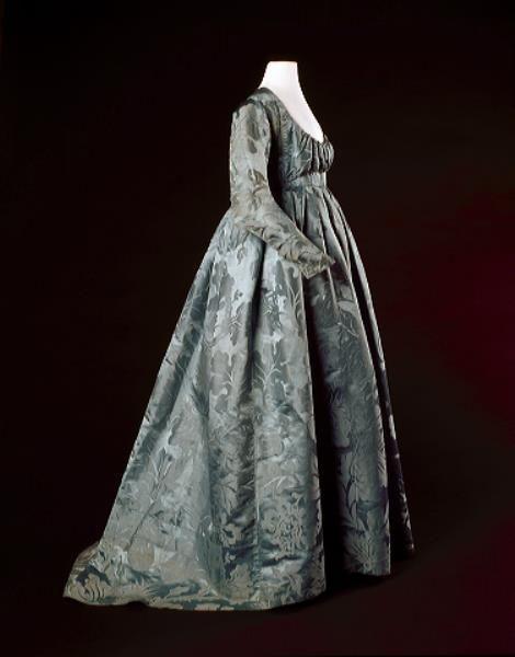 Robe, 1795-1800. Blue-green silk damask with floral motifs, linen lining.