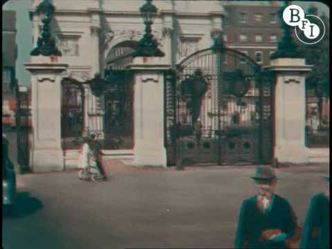 The Open Road London 1927, filmed in early colour by Claude Friese-Greene