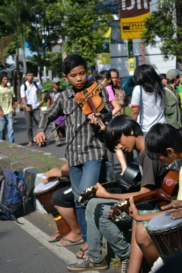 @ Car Free Day, Dago, Bandung, Indonesia.