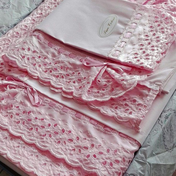 Coordinato letto shabby chic vintage rosa coordinato da notte