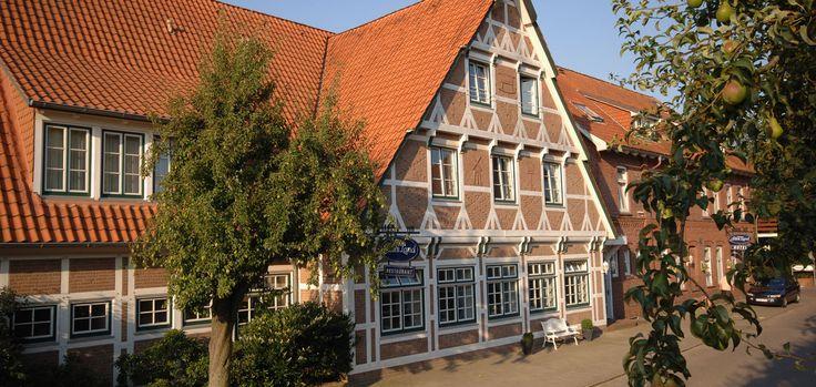 Hotel | Restaurant | Hochzeiten | Tagung direkt in Jork - Hotel Altes Land