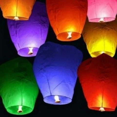 10 Sky Lanterns