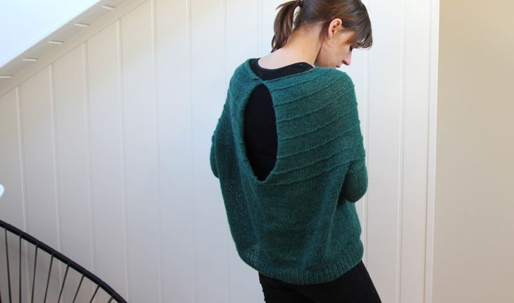 : Free Pattern, Color, Knit Sweaters, Neat Sweaters, Interesting Silhouette, Fall Sweaters, Sweaters Hole, Keyhole Sweaters, Knits Sweaters