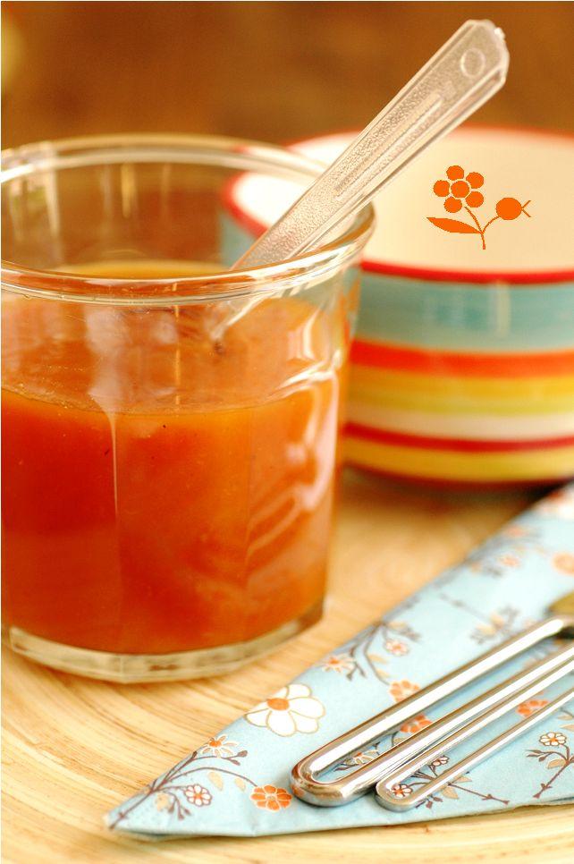 Confiture pêche, carotte, épices