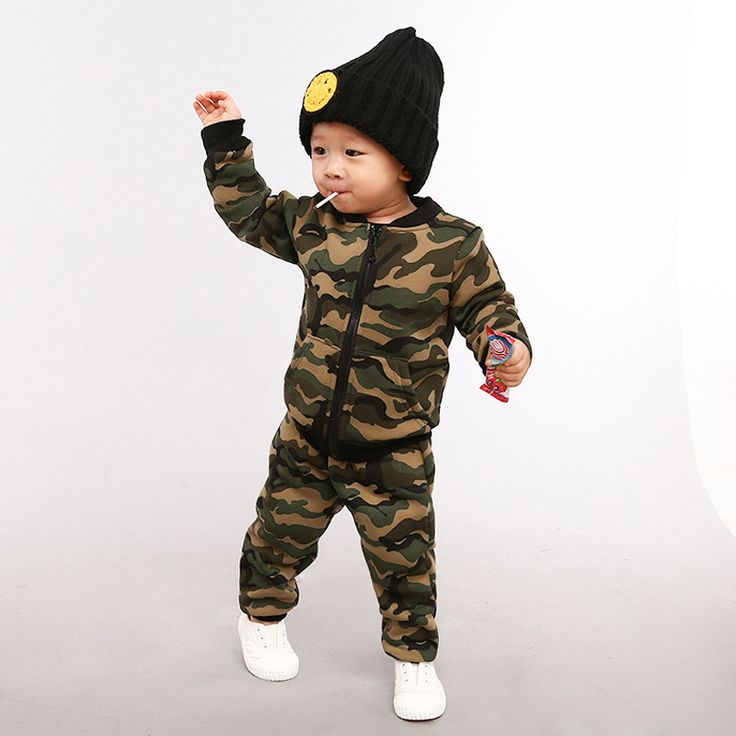Plus velvet camouflage jackets leisure suits sports children 's clothing  long sleeve  stiped  baseball suits children' s set