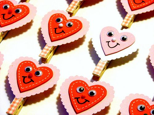 Valentine's Day clips, great for kid treat bags for school.