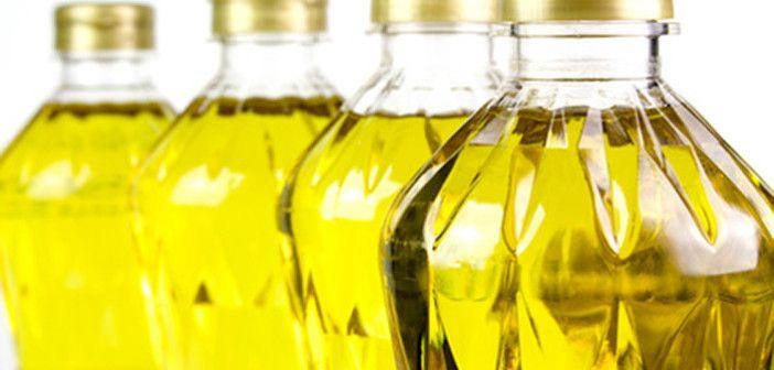 Věda ukazuje, že běžný rostlinný olej je pro zdraví horší než cukr Přemýšlíte někdy nad tím, jaké oleje a tuky používáte v domácnosti? Zda je to olivový olej za 200 korun za litr nebo jakási zlatá kapalina za 30 korun za litr? Vězte, že je v tom velký rozdíl.