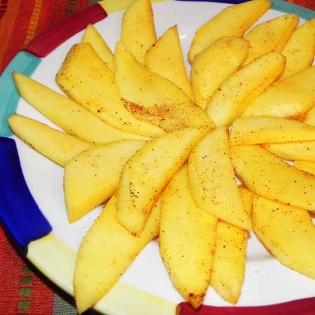 Sweet & Spicy Mexican Mango Appetizer  DELICIOUS!!
