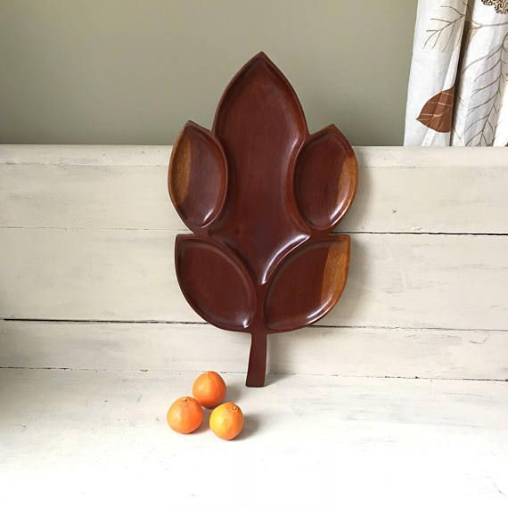 1970's Vintage//Retro Style Hand Carved Wooden Fruit Bowl//Tray