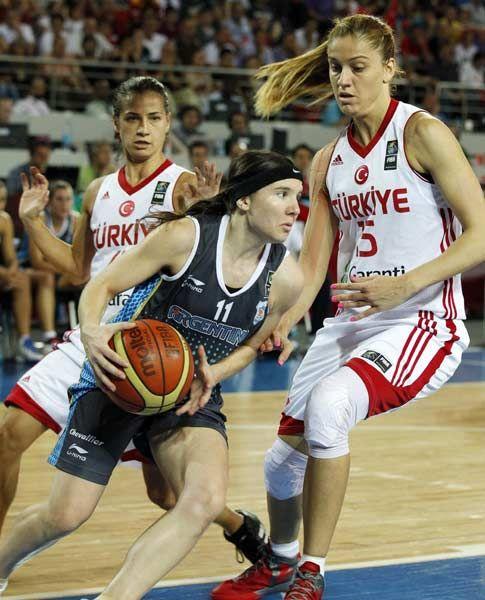 Este es la jugadora de básquetbol de Argentina  en los Juegos Olímpicos.