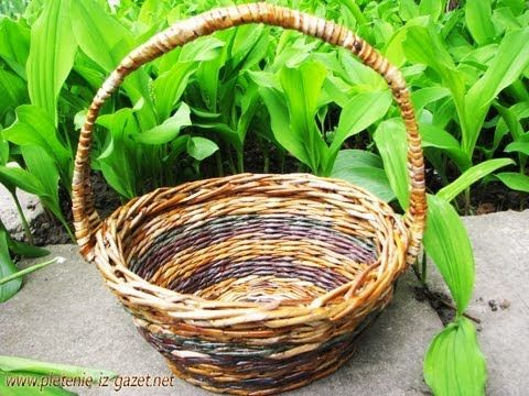 mango superior trenzado /// Плетение из газетных трубочек (lista de reproducción)