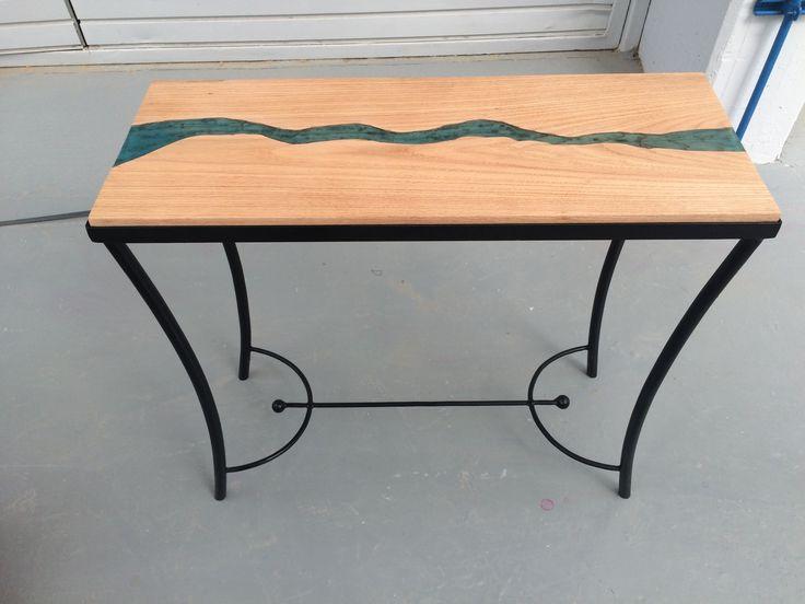 Mi mesa, 3er semestre. Encino blanco con resina cristal