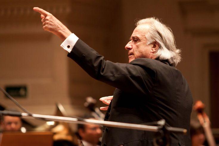 Pianista, maestro, guerreiro, exemplo de luta...o emocionante João Carlos Martins!!!