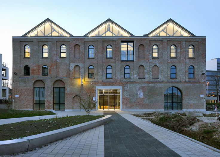 Archipl-Architects converts factory into light-filled workplace
