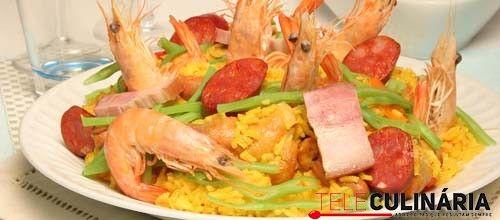 Receita de Arroz de coelho à valenciana. Descubra como cozinhar Arroz de coelho à valenciana de maneira prática e deliciosa com a Teleculinária!