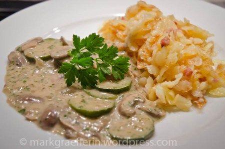 Champignon-Zucchini-Ragout mit Berner Rösti
