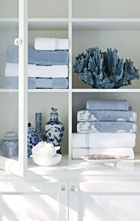 Blue Bathroom Set: 25+ Best Ideas About Blue Bathroom Decor On Pinterest
