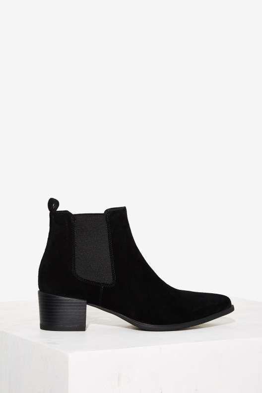 Vagabond Emira Suede Chelsea Boot - Boots + Booties