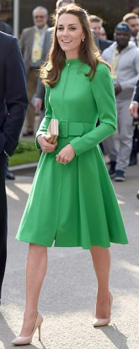 23 May 2016 - Duchess of Cambridge attends Chelsea Flower Show. Click to read more