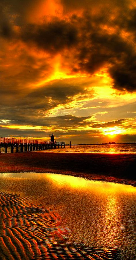 Lighthouse sunrise in Lignano Sabbiadoro, Udine, Northern Italy • photo: Luca D'Ambros on 500px