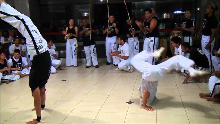 Capoeira Aruanda e Capoeira Maná,  Hotel Ibis,  02/12/2011, Santos/SP