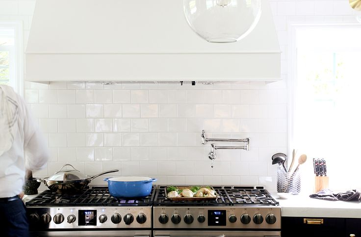 HOW OUR FRIGIDAIRE PROFESSIONAL APPLIANCES TRANSFORMED OUR KITCHEN AND HOW WE USE IT + A VIDEO! | Chris Loves Julia