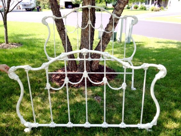 Queen size Iron Bed 155 (Chaska) Iron bed, Macrame