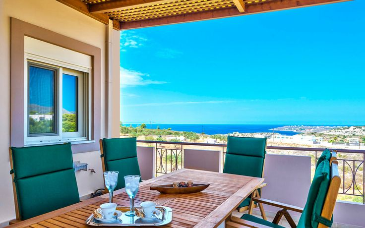 Villa Onar in Kalathas, Chania, Crete. A lovely Villa with amazing sea views, seperated studio, swimming pool, private garden, only 1100 m from the sandy beach.