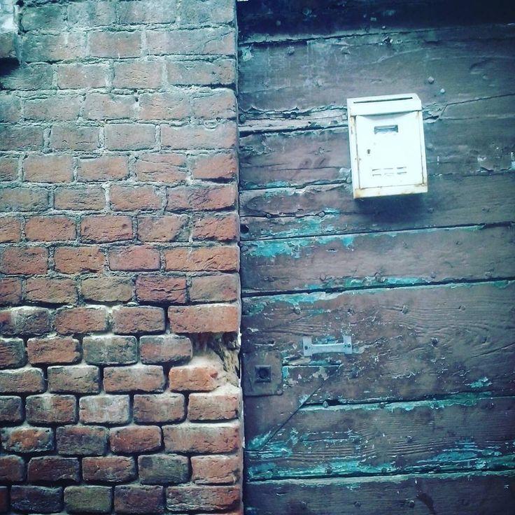 #old #love #travel #doors