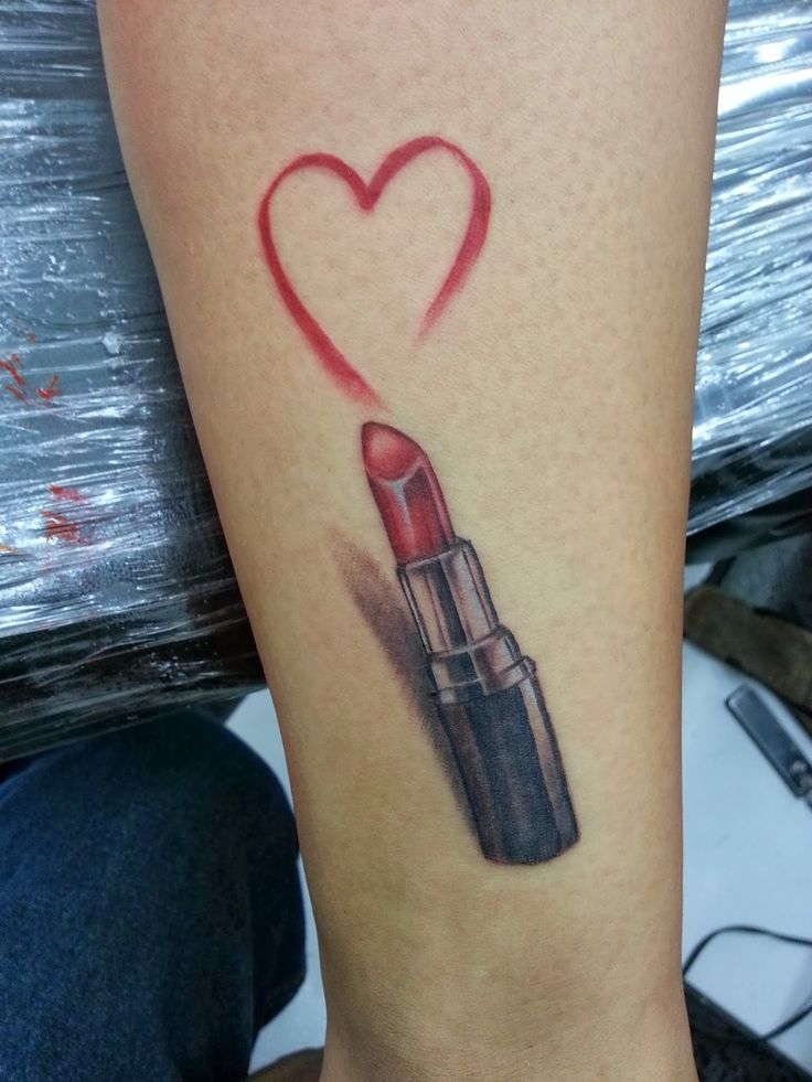 75 best tattoo frauen motive images on pinterest frauen tattoos scribble und tattoo frauen. Black Bedroom Furniture Sets. Home Design Ideas