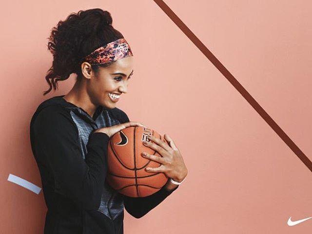 Skylar Diggins Stirnband mit Nike Basketball-Kollektion für Damen! @nikebasket …   – Basketball
