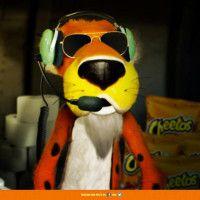 Cheetos propõe cobrir o mundo com papel higiênico.
