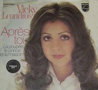 Vicky Leandros wintmet Après Toi het Eurovisie Songfestival voor Luxemburg.