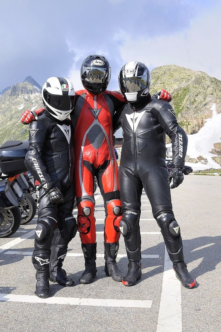 leather gay bikers