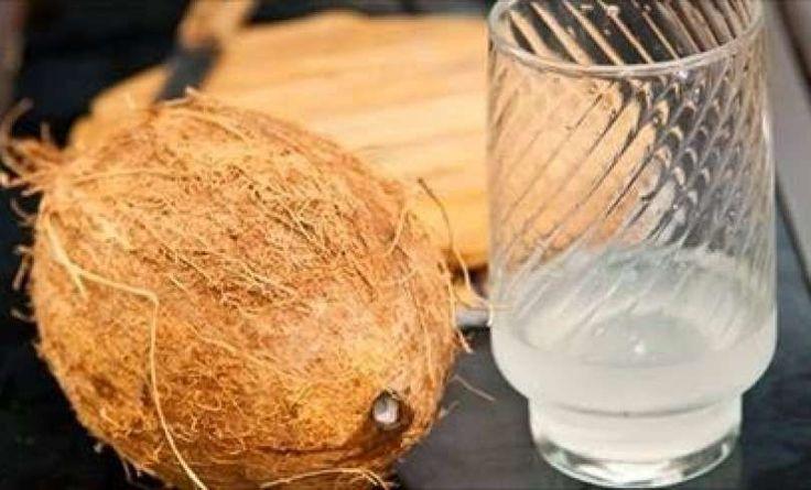 Esto es lo que le sucede a tu cuerpo cuando tomas Agua de Coco