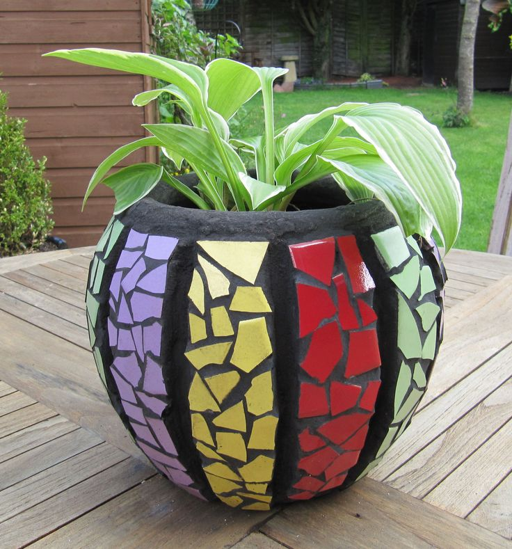 mosaic pots with pebbles | mosaic stepping stones | MakeMosaicTrace's Blog