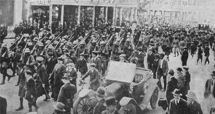 General Botha being welcomed back to Cape Town, 22 July 1915