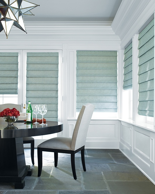 A classic yet traditional touch for the holidays. Design Studio™ Roman Shades ♦ Hunter Douglas Window Treatments #DiningRoom