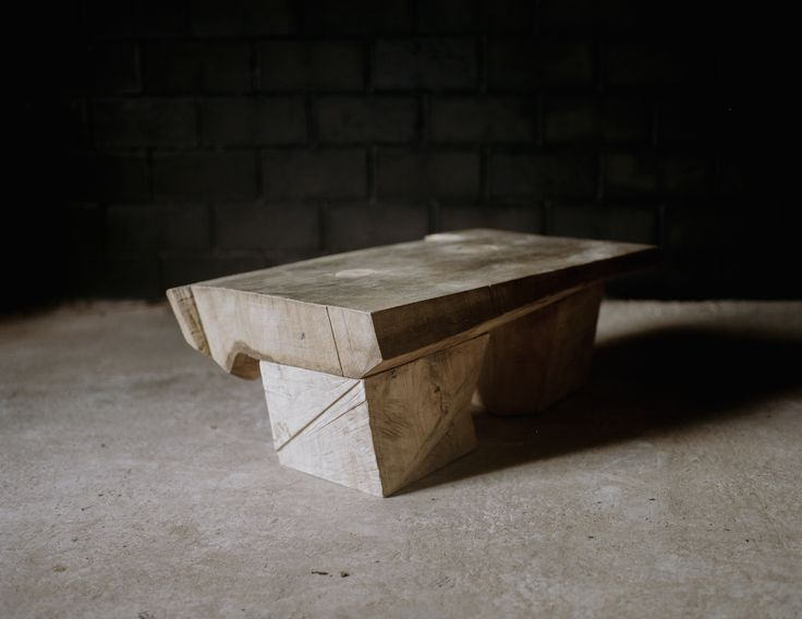 TABLE #3 DENIS MILOVANOV  2012 - Dessicated oak wood sculpted with chain saw L.190 x D.52 x H.42 cm Limited Edition of 12 Low table