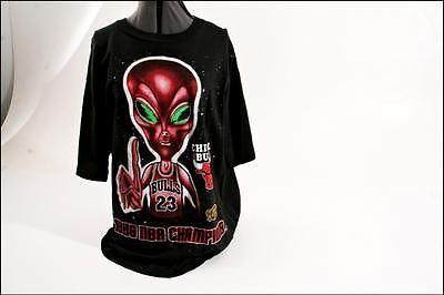 Vtg 90s CHICAGO BULLS T Shirt MENS XL alien basketball nba michael jordan rodman